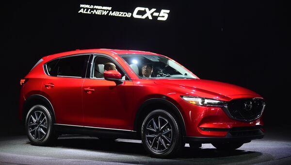 Автомобиль Mazda CX-5. Архивное фото