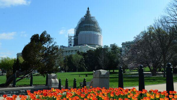 Капитолий - здание Конгресса США, состоящего из Сената и Палаты представителей. Архивное фото