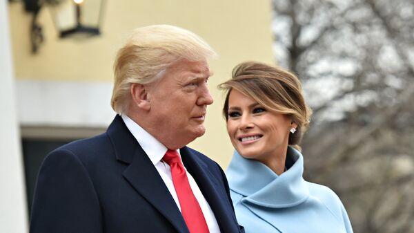 Президент США Дональд Трамп и его жена Мелания. Архивное фото