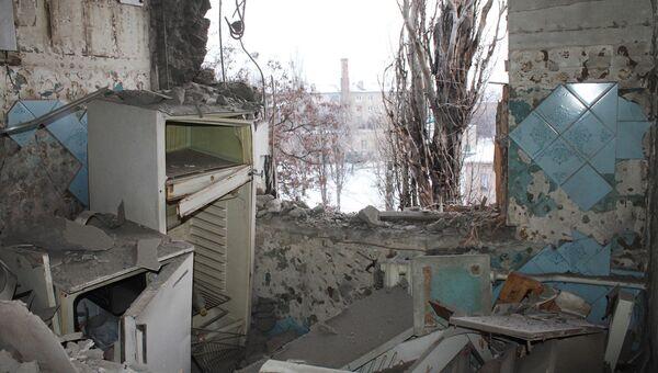 Квартира, пострадавшая в результате обстрела украинскими силовиками. 1 февраля 2017