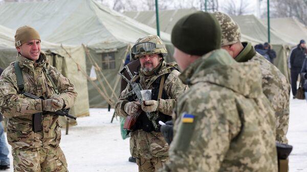 Солдаты ВСУ в Авдеевке, Украина. Архивное фото