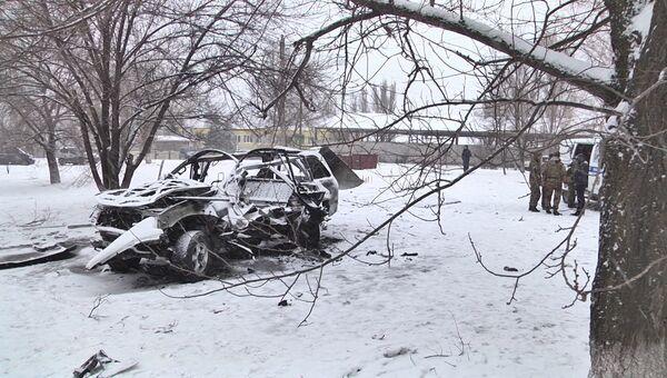 Кадры с места взрыва машины начальника управления Народной милиции ЛНР