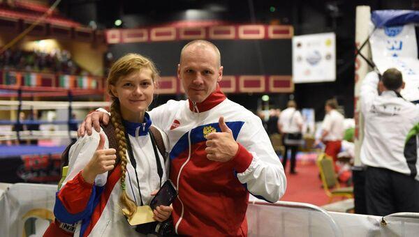 Диана Баландина со своим тренером Сергеем Сергеевым. Архивное фото