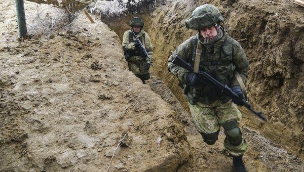 Военнослужащие на учениях ВДВ. Архивное фото