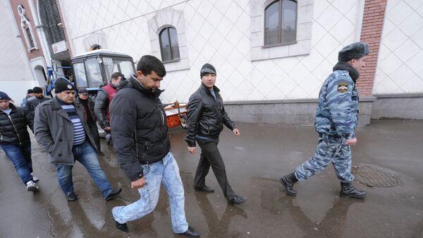 Рейд ФМС по московским вокзалам