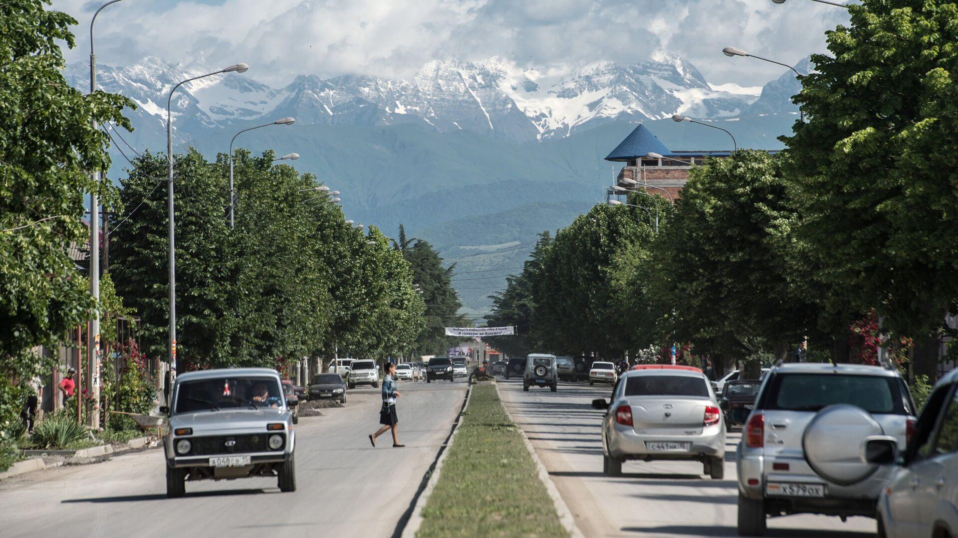 Вид на одну из городских улиц в Цхинвале - РИА Новости, 1920, 15.09.2020