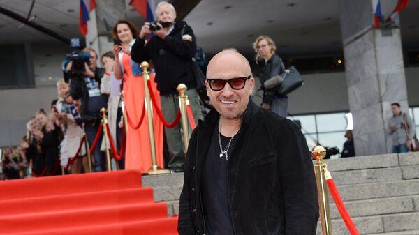 Телеведущий, актер Дмитрий Нагиев перед началом церемонии вручения премии ТЭФИ. Вечерний прайм в телецентре Останкино в Москве