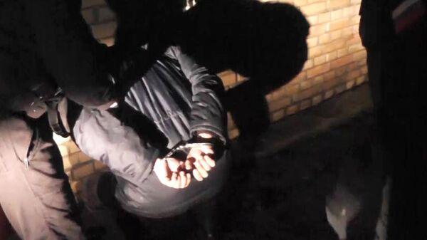 Задержание подозреваемого сотрудниками ФСБ