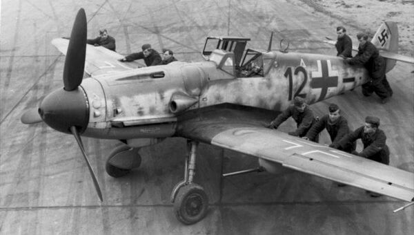 Самолет Мессершмитт 109