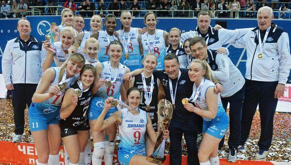Игроки ЖВК Динамо(Москва), завоевавшие золотые медали чемпионата России по волейболу