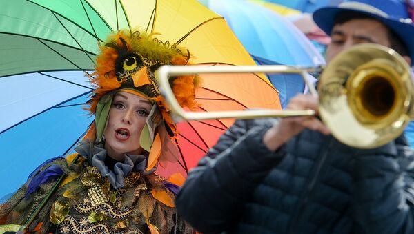 Участники весеннего парада на Тверском бульваре. Архивное фото