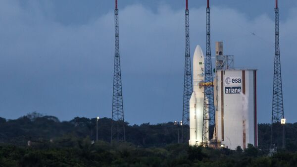 Ракета-носитель Ariane 5 готовится к запуску с космодрома Куру