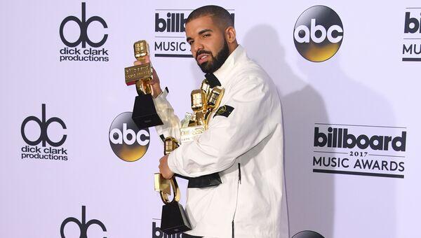 Канадский хип-хоп исполнитель, актер и продюсер Дрейк (Drake)