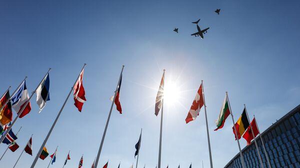 Флаги стран-участниц на саммите НАТО в Брюсселе