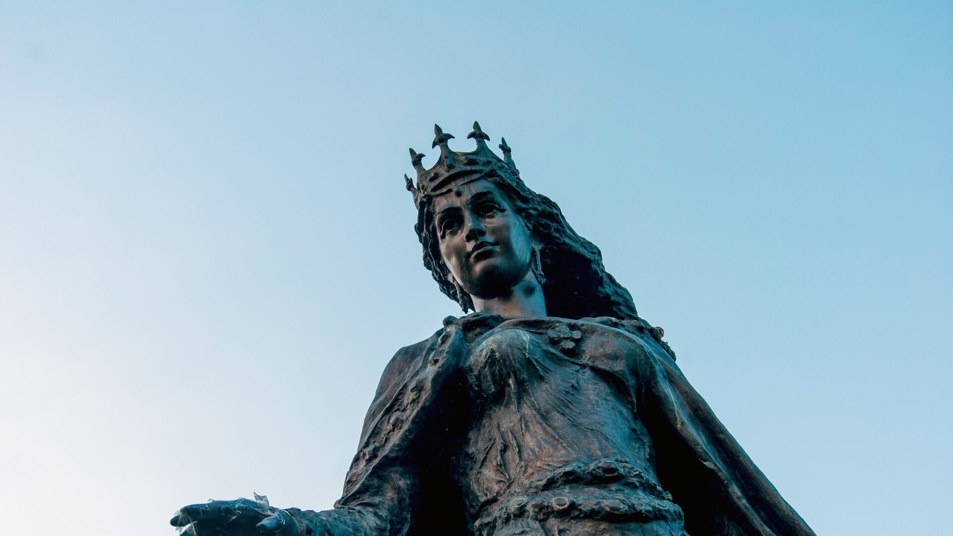 Памятник Анне Ярославне в Сенлисе, Франция - РИА Новости, 1920, 16.09.2021