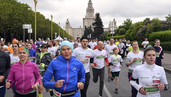 Благобегуны Зеленого марафона собрали более 1 млн рублей