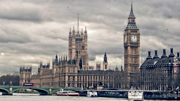 Здание парламента Великобритании в Лондоне