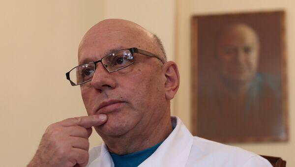 Директор НИИ скорой помощи им. Н.В. Склифосовского Могели Хубутия. Архивное фото