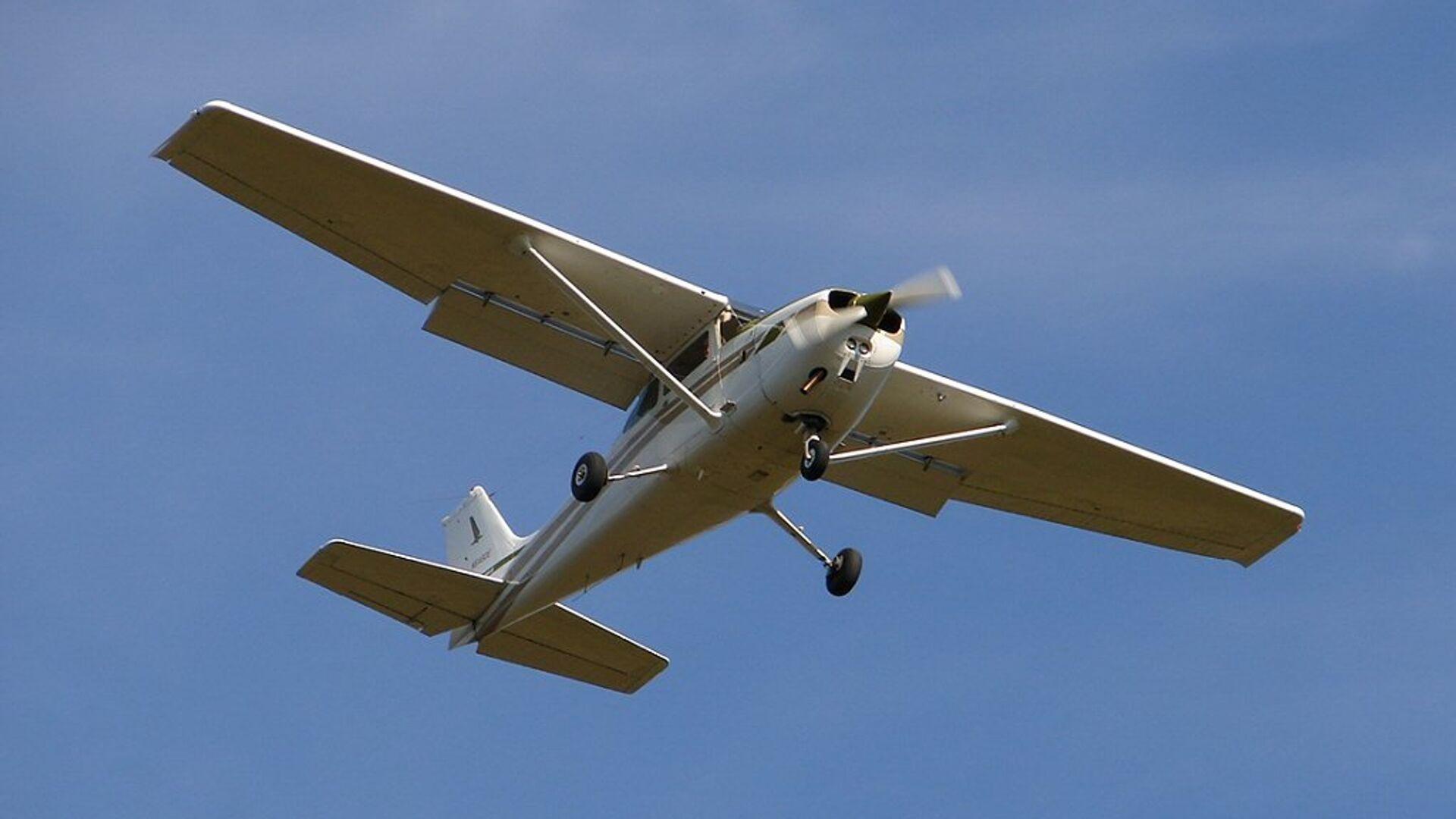 Самолет Cessna 172 - РИА Новости, 1920, 03.10.2021