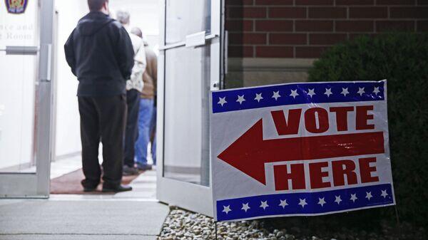 Избирательный участок в штате Индиана в день выборов президента США