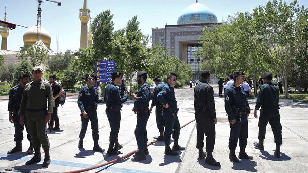 Иранские полицейские. Архивное фото
