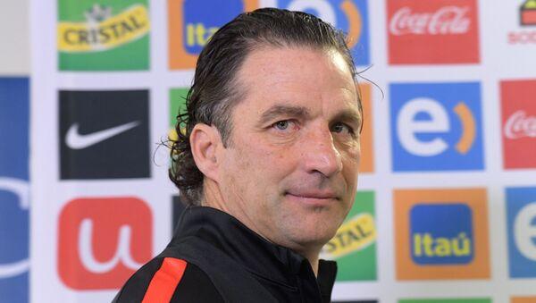 Главный тренер сборной Чили Хуан Антонио Пицци. Архивное фото