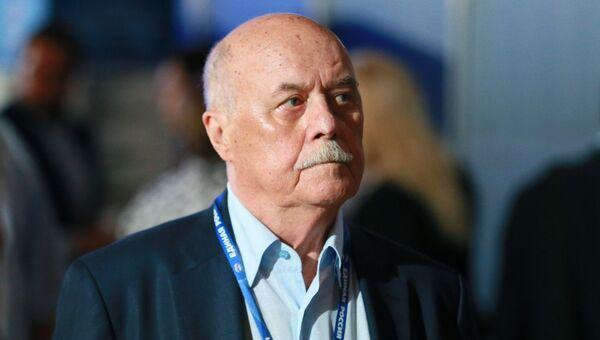 Председатель комитета Государственной Думы РФ по культуре Станислав Говорухин