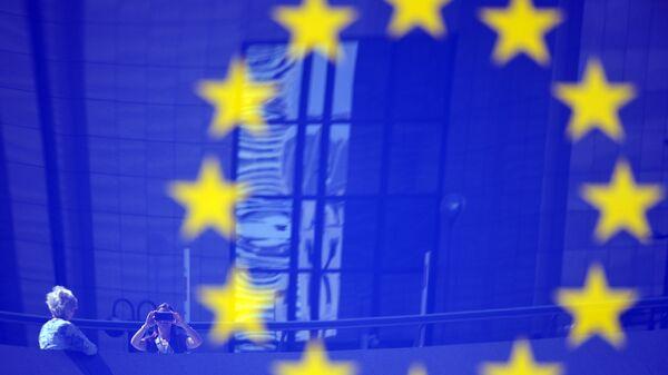 Флаг ЕС в Европейском квартале в Брюсселе. Архивное фото