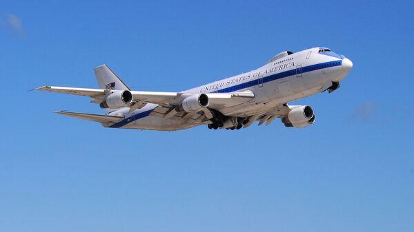 Самолет E4-B Boeing 747s