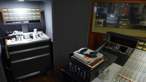 24-дорожечный магнитофон - то, с чего начинается аналоговая студийная запись