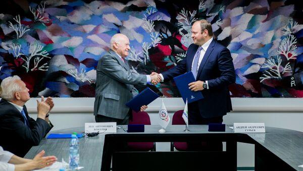 ФосАгро и Бакулевский центр продлили соглашение о поддержке высокотехногичной помощи