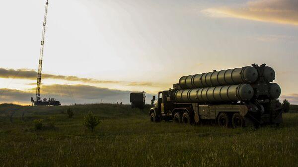 Зенитно-ракетные комплексы С-300 Фаворит. Архивное фото
