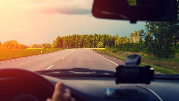 Автомобильная дорога в Латвии