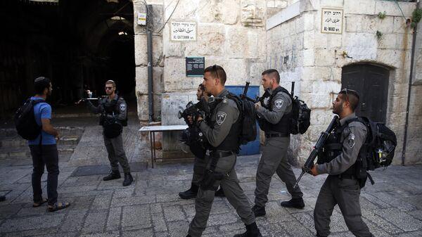 Сотрудники пограничной охраны Израиля в Иерусалиме. Архивное фото