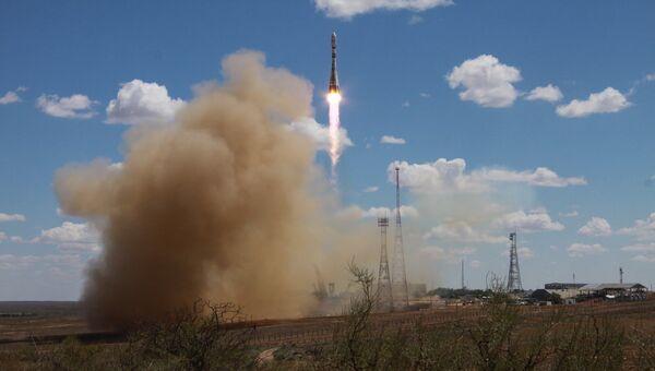 Пуск ракеты-носителя Союз-2.1а со спутниками с космодрома Байконур. Архивное фото
