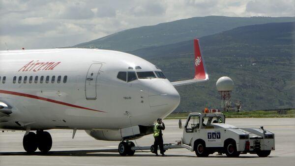 Самолет грузинской частной авиакомпании Airzena - Georgian Airways. Архивное фото
