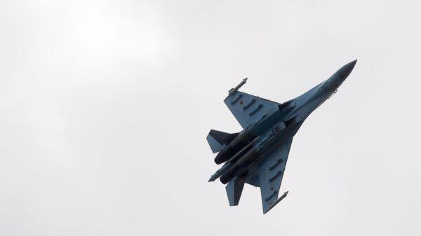 Самолет Су-27. Архивное фото