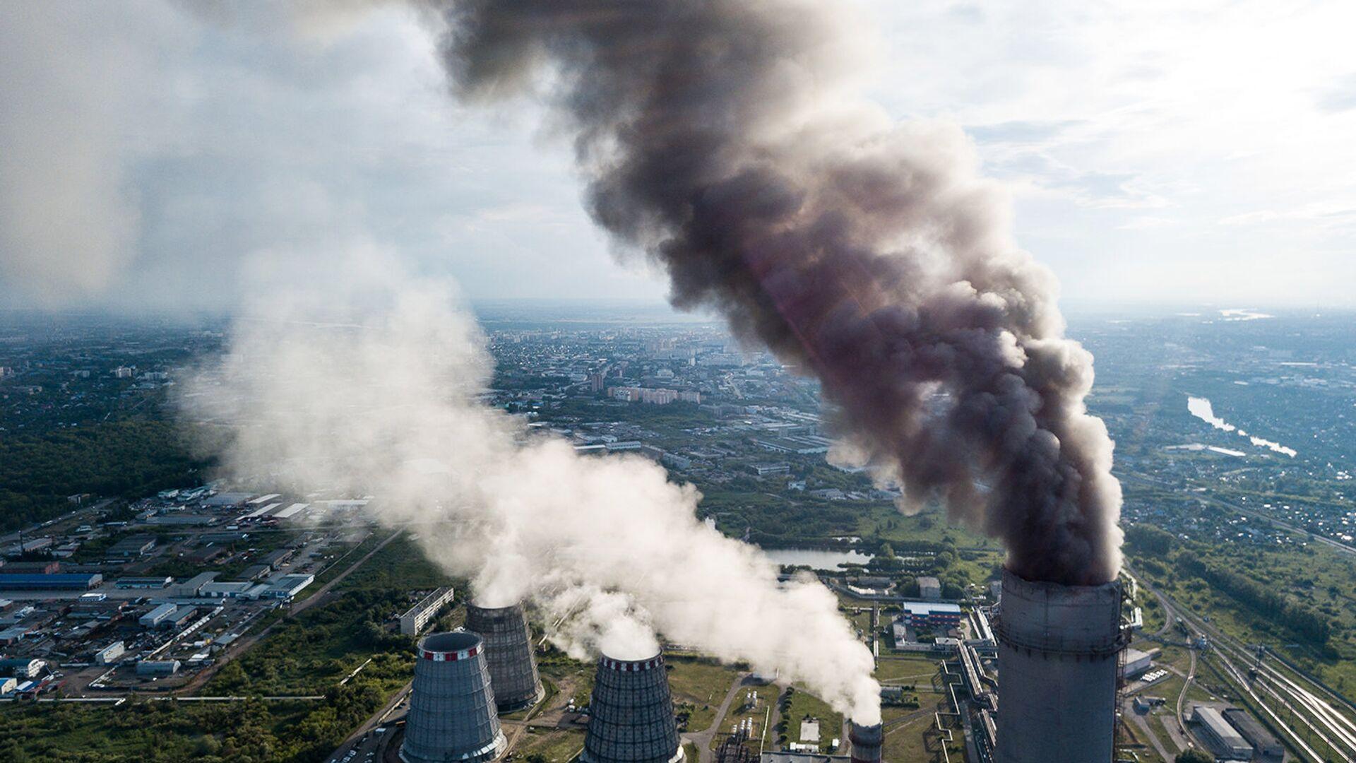 Объем выбросов парниковых газов в России за 25 лет сократился почти вдвое - РИА Новости, 1920, 07.10.2021