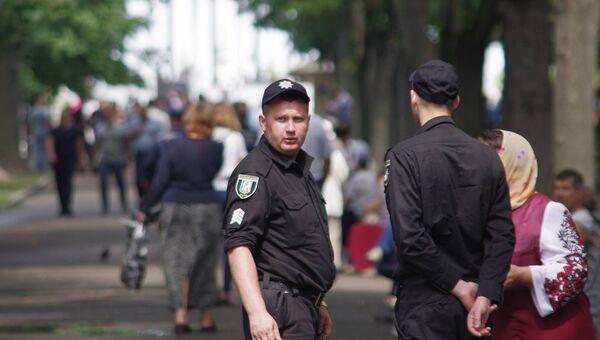 Полиция на улице Киева. Архивное фото