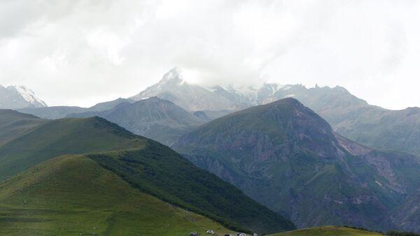 Гора Казбек в Грузии