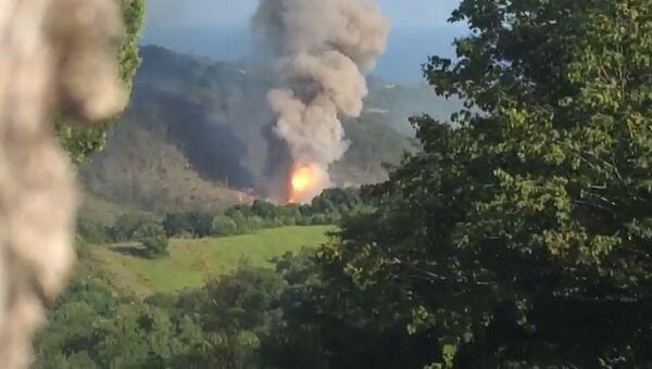 На складе минобороны Абхазии взорвались боеприпасы. Видео с места ЧП