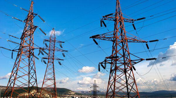 Высоковольтные электролинии в Крыму. Архивное фото