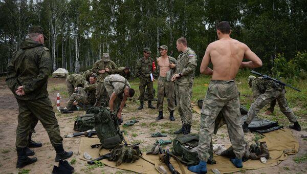 Российские военнослужащие на этапе международного конкурса Отличники войсковой разведки в Новосибирской области