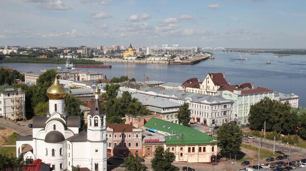 Вид с Кремлевского бульвара на слияние рек Ока и Волга