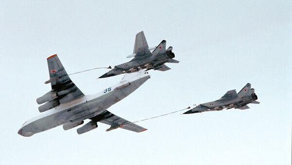 В небе - самолеты ВВС России