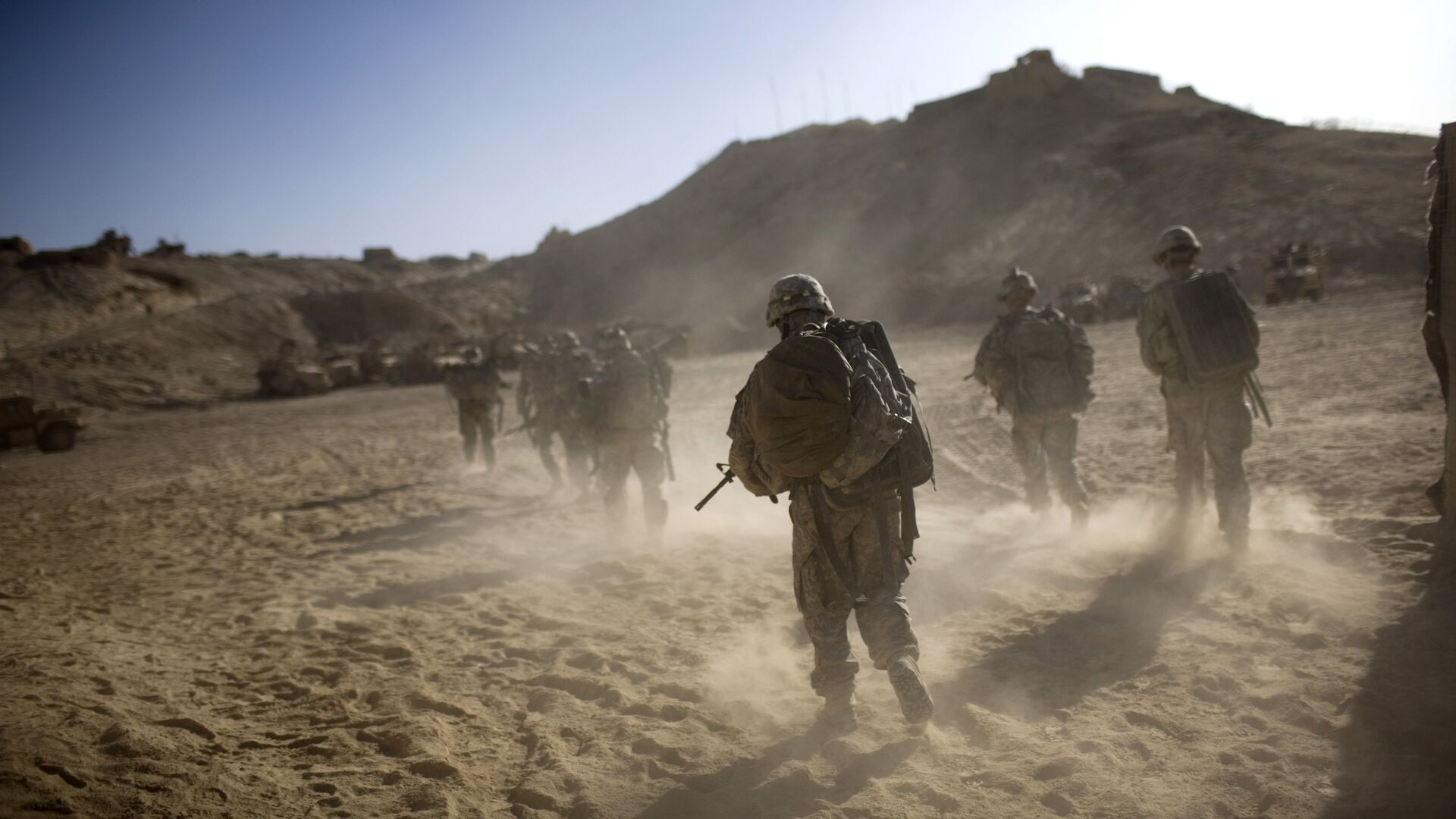 Военнослужащие США возвращаются в форпост после патрулирования в провинции Кандагар, Афганистан - РИА Новости, 1920, 19.12.2020