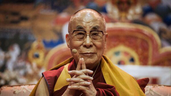 Духовный лидер буддистов Далай-лама XIV