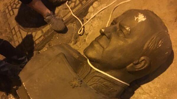 В Одессе разбили бюст маршалу Жукову. 24 августа 2017
