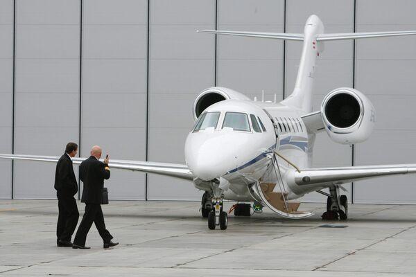 Два небольших самолета столкнулись в США, один человек погиб