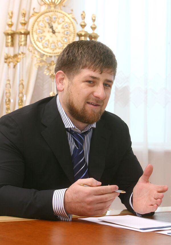 Кадыров требует работать с удвоенной энергией после отмены режима КТО